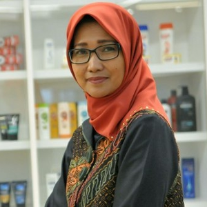 Sinta Kaniawati (Head of Sustainable Business at PT Unilever Indonesia Tbk.)