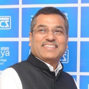 Raj Kumar  Srivastava (Managing Director  of  Karnataka State Electronics, Development Corporation Limited)