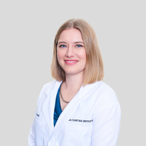 Katie Kennedy (Staff Doctor, Surgical Oncologist at Animal Medical Center)