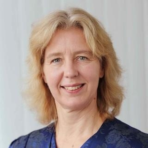 Frances Paulisch (Head of the Software Initiative Siemens AG, Vice Chairman of SAFECode at Siemens)